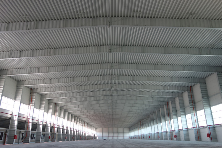 Однопролетное здание из металлоконструкций Borga шириной 38м