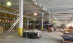 Быстровозводимое здание цеха сварки автомобильных кузовов (вид внутри)