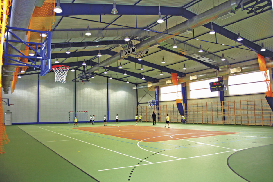 Быстровозводимый спортивный зал из легких металлоконструций BORGA