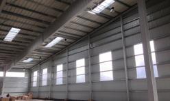 Организация естественного освещения главного фасада быстровозводимого здания